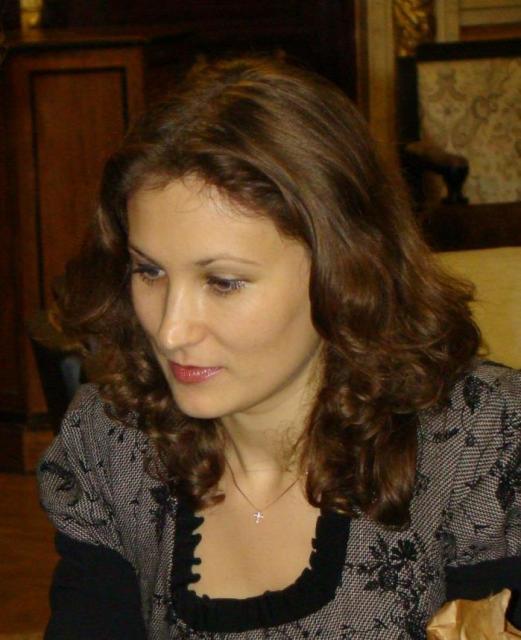 Олена Євтєєва